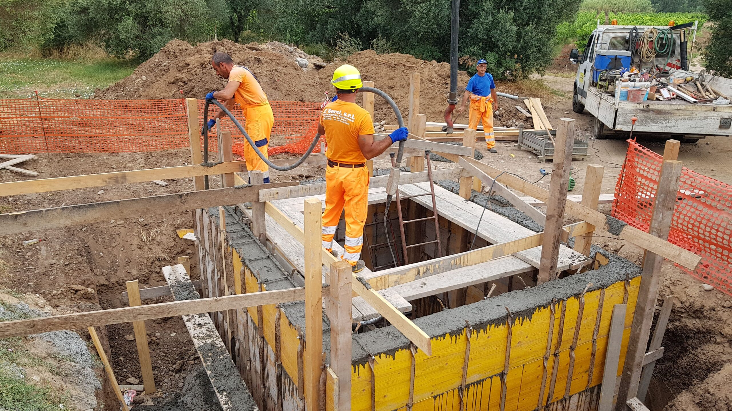 FF Serci, Costruzione strade, conglomerati bitumionosi, urbanizzazioni e scavi in Sardegna